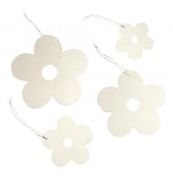 Wooden flowers Set to hang / 4pcs