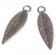 Metal pendant feather, 21mm, 3pc, oxidized silver