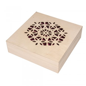 Drevená krabička / 14,5x14,5x4cm