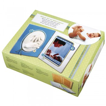 Casting kit with photo frame