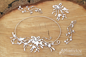 Chipboards - Mistletoe - big oval frame