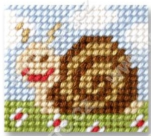 Cross stitch kit 11x13 cm - snail